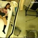 保健室でオナニーしているカワイイ巨乳女子校生を電マでお手伝いしちゃうえっちな保健の先生